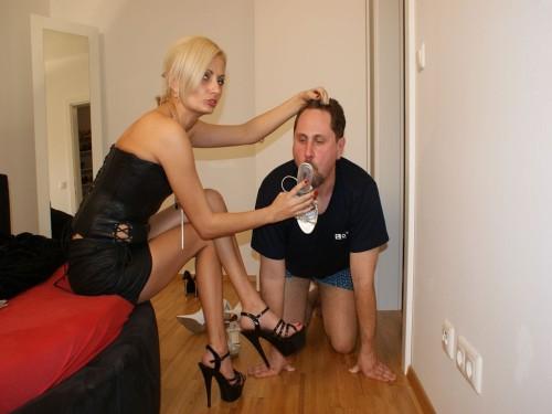Milf Mistress Shoe Licking